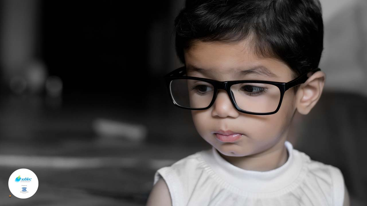 Como escolher os óculos para as crianças  - SOBLEC a0c6b83379